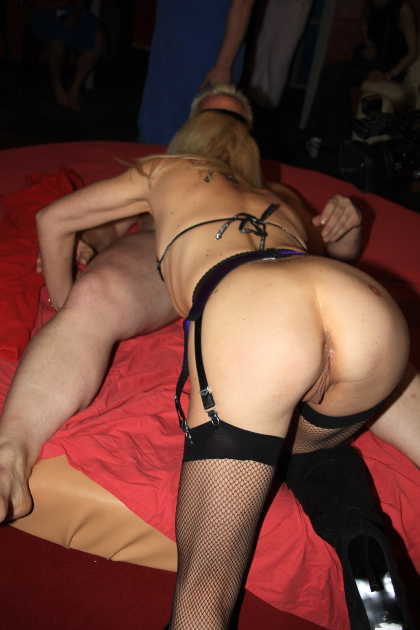 Sexy lesbians licking deep into pussy